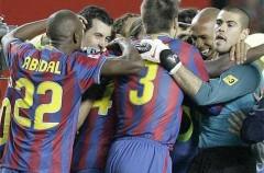 Liga Española 2009/10 1ª División: el Barcelona gana al Sevilla y se acerca al título pero el Real Madrid retrasa el alirón