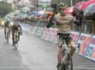 Giro de Italia 2010: Evans se luce sobre el barro y Vinokourov recupera la maglia rosa