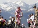 Giro de Italia 2010: Stefano Garzelli gana la cronoescalada