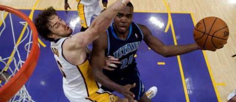 Gasol fue clave en la victoria de Lakers ante Utah