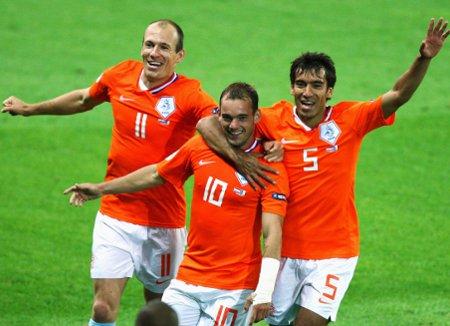 Los ex madridistas Robben y Sneijder son las mejores armas de la selección de Holanda