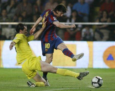 Leo Messi logró sus dos primeros goles ante el Villarreal