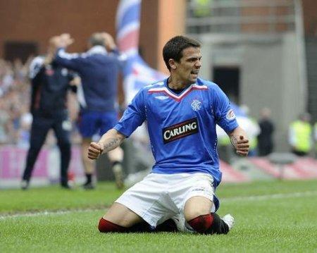 El gallego Nacho Novo dejará de ser ídolo del Glasgow Rangers para jugar en el Sporting de Gijón