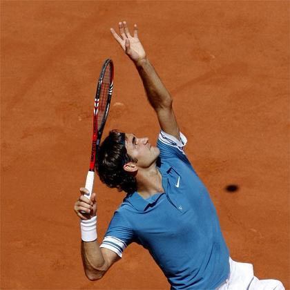 Roger Federer empieza ganando en Roland Garros