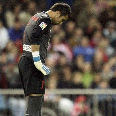 La primera temporada de Asenjo con el Atlético de Madrid ha sido nefasta