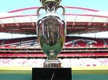 Turquía, Italia o Francia será elegida mañana organizadora de la Eurocopa 2016