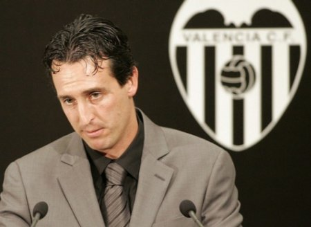Unai Émery dirigirá al Valencia una temporada más
