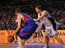 Final Liga ACB: el Caja Laboral da la campanada ganando el primer partido al Barcelona en el Palau