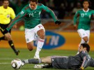 Mundial de Sudáfrica: una polémica victoria de México deja a Francia al borde del abismo