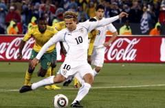 Mundial de Sudáfrica: Francia y México se la juegan por culpa de Forlán