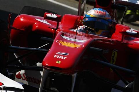 Alonso comienza mandando en Valencia