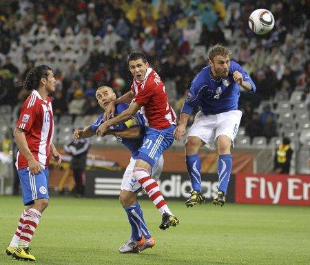 Italia y Paraguay empataron a uno en su estreno en el Mundial de Sudáfrica 2010