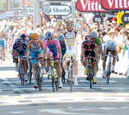 Mark Cavendish ya tiene 3 victorias de etapa en el Tour de Francia 2010