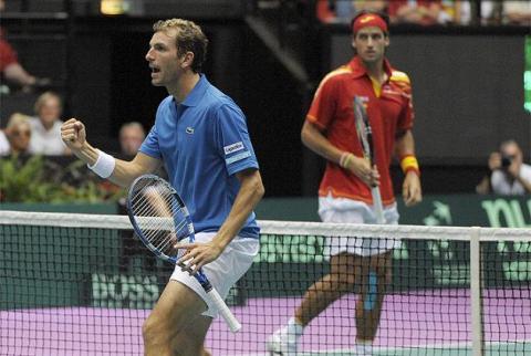 Francia elimina a España de la Copa Davis