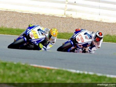 Jorge Lorenzo superó a Valentino Rossi en los entrenos del GP de Alemania de motociclismo