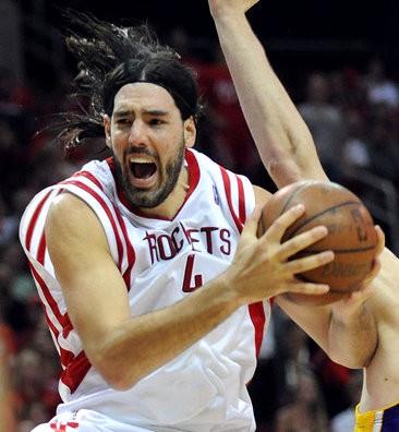 Luis Scola seguirá jugando en Houston Rockets con un contrato mejorado