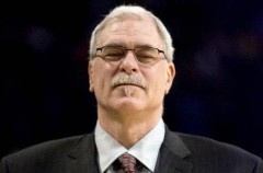 NBA: Phil Jackson seguirá entrenando a Los Ángeles Lakers