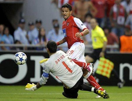 Liga de Campeones 2010/11: el Sevilla cae en Braga por 1-0 y se complica la previa