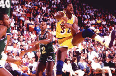NBA: Magic Johson quiere gestionar un equipo