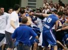 Un amistoso entre Grecia y Serbia termina en batalla campal