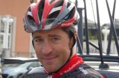 El ciclista Chechu Rubiera anuncia su retirada para el final de la temporada
