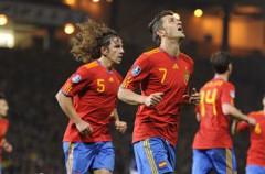 España gana por 2-3 a Escocia y se acerca un poco más a la Eurocopa 2012