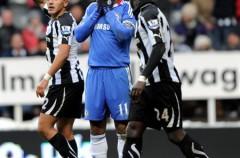 Premier League Jornada 15: el Chelsea no pasa del empate y deja al Manchester United como líder en solitario