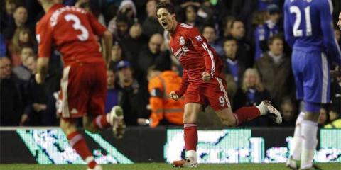 Fernando Torres marco dos goles ante el Chelsea