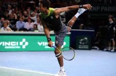 Masters Paris 2010: Monfils derrota a Federer y es finalista junto a Söderling