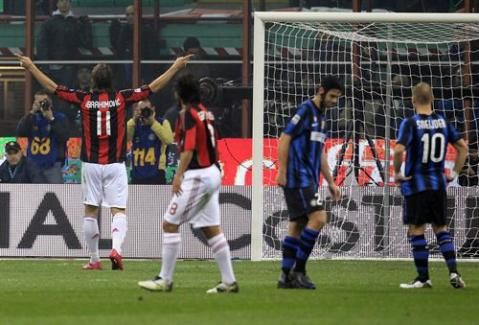 Ibrahimovic marco en el partido entre Milan e Inter