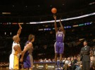NBA: los Suns anotan 22 triples para superar a los Lakers