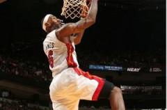 NBA: los Heat vencen pero no apagan los rumores de divorcio