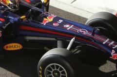 Los pilotos de Fórmula 1 comenzaron a trabajar con los nuevos neumáticos Pirelli
