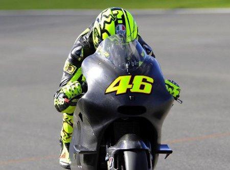 Valentino Rossi se estrenó con Ducati