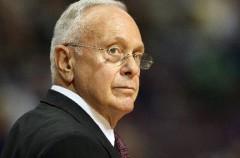 NBA: Larry Brown ya no es el entrenador de los Bobcats