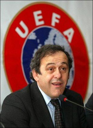 Michel Platini seguirá al frente de la UEFA