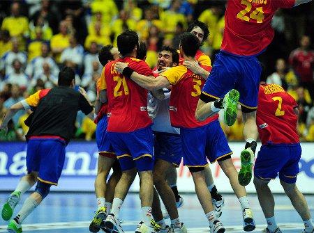 España celebra la medalla de bronce lograda en el Mundial de balonmano