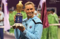 Vera Zvonareva vence a Wozniacki y gana en Doha