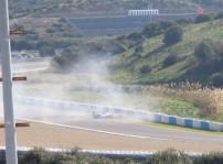 Sergio Pérez colisionó contra las protecciones