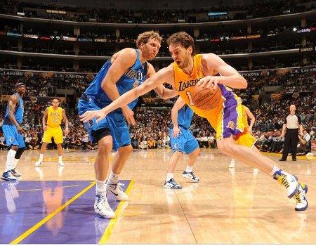 Dallas y L.A. Lakers jugarán una semifinal de la Conferencia Oeste