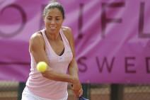 WTA Barcelona 2011: Estrella Cabeza Candela a segunda ronda, eliminadas Marion Bartoli, Arantxa Parra y Silvia Soler
