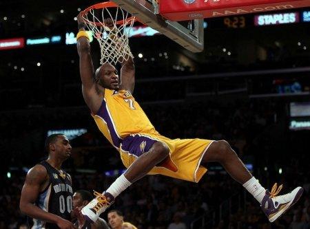 Lamar Odom ha ganado el premio al mejor sexto hombre de la NBA