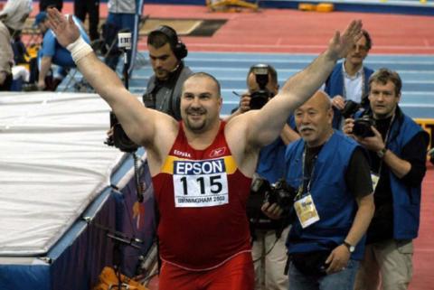 Manolo Martinez gano el Oro en Birmingham 2003