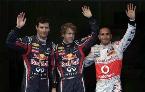 Vettel consigue la pole en el GP Malasia, Hamilton y Webber le acompañan en las primeras posiciones