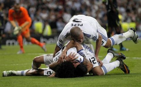 Real Madrid golea al Tottenham