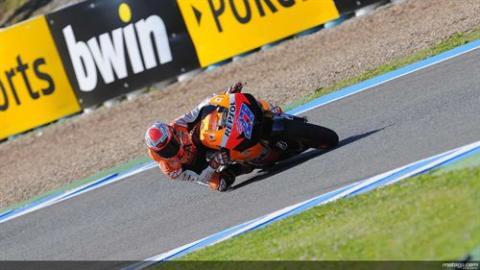Stoner consigue la pole en Jerez