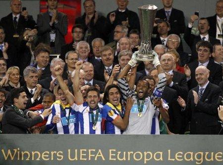 (19/04/13) [FINAL EUROPA LEAGUE T3] FC Porto - Liverpool FC - Página 4 Oporto