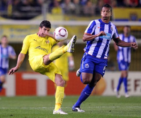 El Villarreal no pudo superar al Oporto en la Europa League