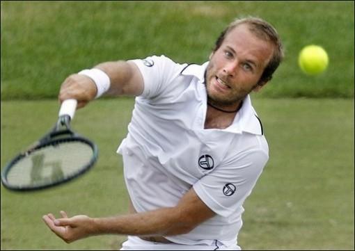 ATP Newport: Isner y Rochus finalistas