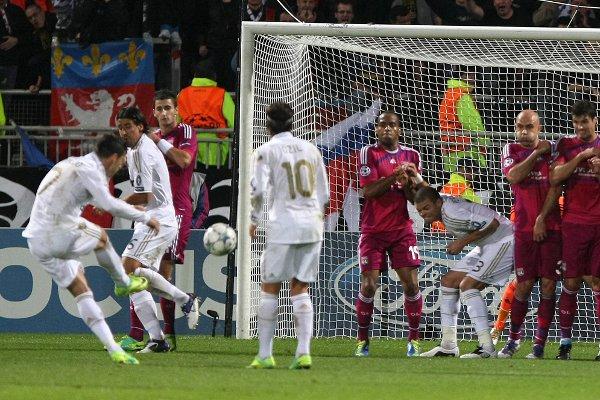 Gol de falta de Cristiano Ronaldo frente al Olympique Lyon